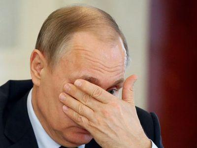 """Мнение: после пощечины в Сирии Путина будут """"давить"""" по Донбассу"""