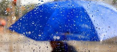 Украина попала под удар мощного антициклона: погода резко ухудшится