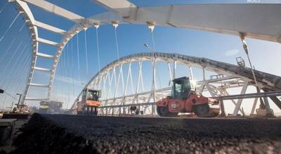 В оккупированном Крыму рассказали когда Крымский мост будет открыт для автомобилей