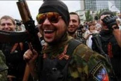 В Горловке боевики «ДНР» продолжают пилить билборды