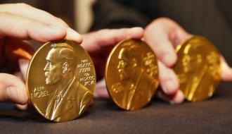 Вручение Нобелевской премии по литературе отменили из-за секс-скандала
