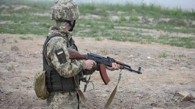Боец ВСУ сам отбил атаку и нанес урон боевикам: военные сообщили детали героического боя