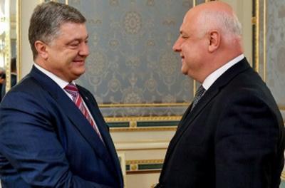 Порошенко на встрече с президентом ПА ОБСЕ предложил необычную идею по восстановлению Донбасса
