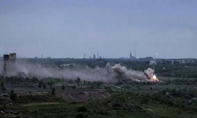 Бойцы ВСУ показали фото мощного удара по позициям боевиков