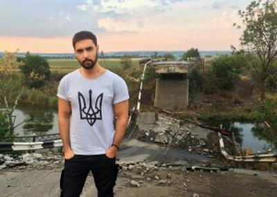 Заслуженному артисту Украины аукнулись московские гастроли