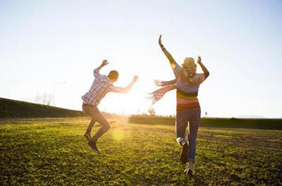Поцелуй судьбы: эти 4 знака Зодиака вскоре обретут неземное счастье