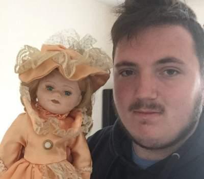 В Британии нашли куклу со страшной историей