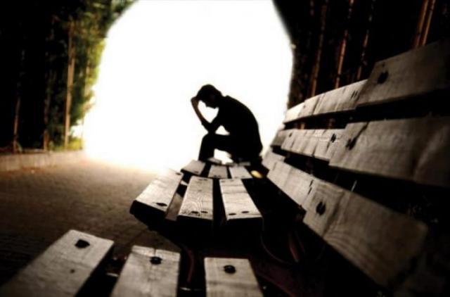 Вечные пессимисты: какие знаки Зодиака не дают себе быть счастливыми
