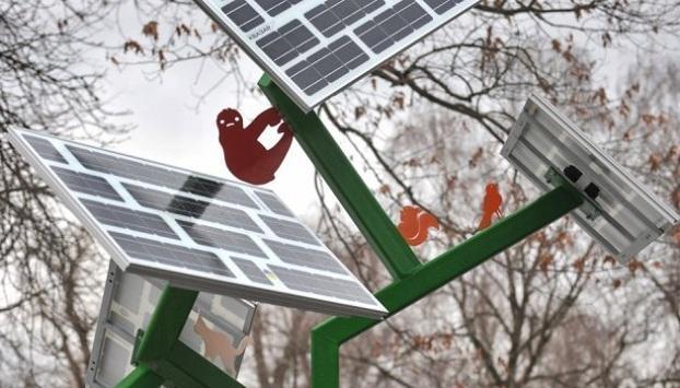 В Краматорске установят «солнечные деревья» для подзарядки телефонов