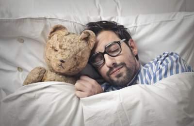 Ученые научились выявлять болезни по снам