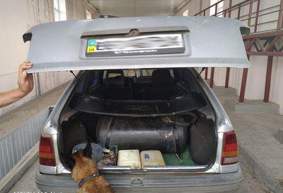 Донбасс: обнаружен тайник для контрабанды (ВИДЕО)