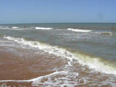 Водолазы-саперы обследуют Азовское море в районе Мариуполя