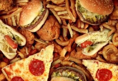 """Названы """"вредные"""" продукты, помогающие расщеплять жир"""