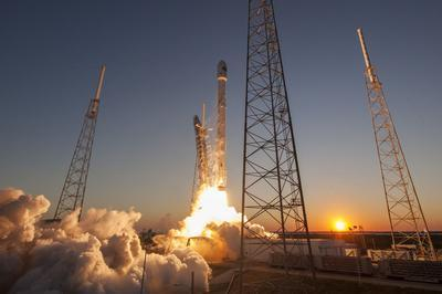 "Ракета SpaceX установила ""личный"" рекорд"
