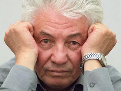 Ушел российский писатель Войнович, придумавший солдата Чонкина и критиковавший президента Путина