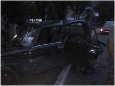 В Донецке пьяный «милиционер ДНР» устроил ДТП. Машины разбиты всмятку