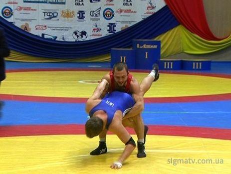 Украинец стал чемпионом Европы по греко-римской борьбе среди юниоров  .