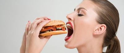 Сколько едят мариупольцы: меньше мяса, но больше хлеба и картошки, - ИНФОГРАФИКА