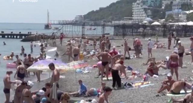 «В Турции за такие деньги все вылижут»: россияне в шоке от отдыха и сервиса в Крыму
