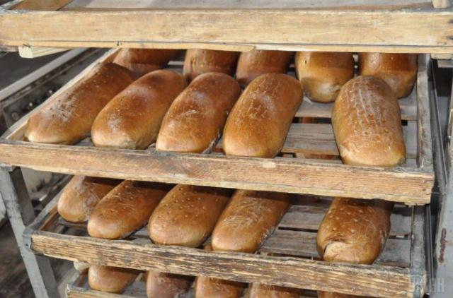Хлебопеки не отрицают, что цена на хлеб будет расти, но заверяют: на 30% не подскочит