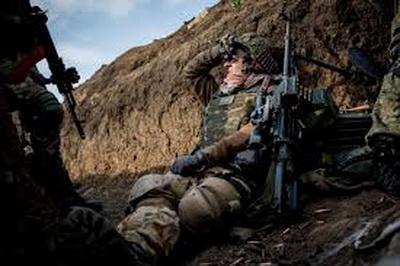 Сутки на Донбассе: стало известно о серьезном ранении бойца ВСУ