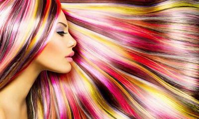 Медики объяснили, к какому страшному заболеванию приводит окрашивание волос