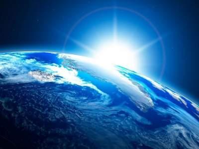 К Земле из космоса движется мощнейшая взрывная волна