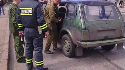 В Макеевке и Донецке проверки: переписывают номера авто и данные водителя — соцсети