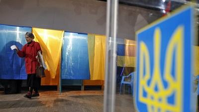 Выборы в Украине: правила голосования для переселенцев изменили