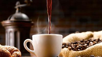 Медики рассказали, кому нельзя пить кофе