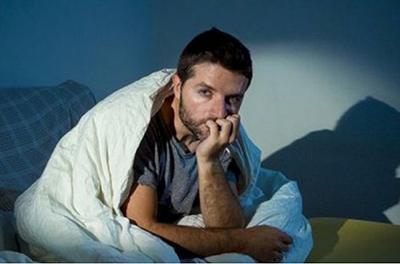 Просыпаетесь по ночам? Это может быть тревожным симптомом
