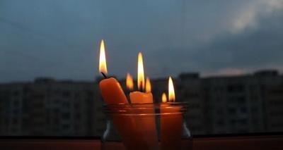Электричество в Луганске есть, но далеко не везде. Воды и телевидения нет