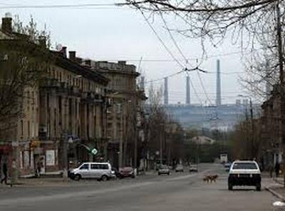 Серость, запустение и беспредел: в сети поделились впечатлениями о городе, оккупированном боевиками ЛНР