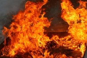 """Жители Донецка сообщают о новом пожаре в городе: """"Пожарка и МЧС в сторону ЦУМа что д**ные мчат"""" – подробности"""