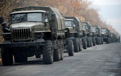 Грузовики  и зенитные установки боевиков «ДНР» подошли к границе с РФ