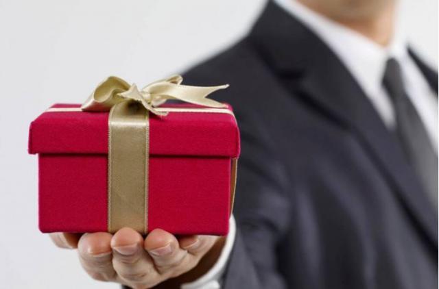 Какой подарок понравится женщине согласно ее знаку зодиака