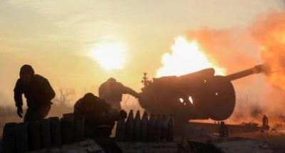 Обстрел, бьют тяжелым. Донецк дрожит от мощных залпов
