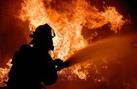 Снова обстрел! Донецк в огне: пожарные не могут подъехать
