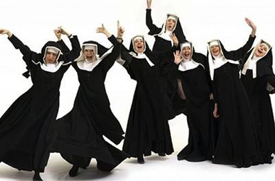 Монахини украли школьные деньги и спустили их в казино