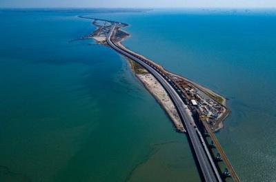Стало известно об очередных серьезных проблемах с Крымским мостом