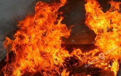 Огонь добрался до ребенка: дом воина АТО подожгли вместе с семьей