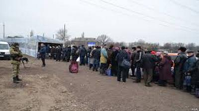 На блокпостах на «Каргиле» застряли без транспорта 400 человек