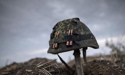 В зоне проведения ООС от пули снайпера погиб украинский военнослужащий, еще один - ранен