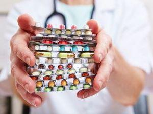 Гройсман пообещал ввести электронные рецепты на «Доступні ліки»