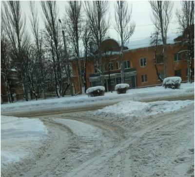 Горловчане показали фото катастрофического состояния дорог в городе