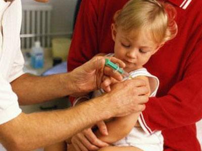ГПУ просит Минздрав проводить углубленные медосмотры перед вакцинацией.