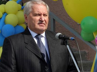 Виктор Тихонов подкинул регионалам проблем.