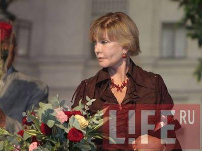 Вера Алентова стала очередной жертвой пластических хирургов (ФОТО)