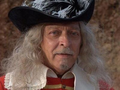 Скончался капитан гвардейских кардиналов де Жюссак из фильма «Д'Артаньян и три мушкетера»