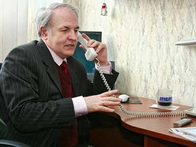 «Поводов для паники нет. Пенсии будут выплачиваться без задержек», -  считает Георгий Якименко.